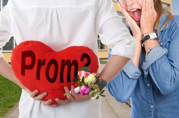 170414-prom-proposals-elaborate-feature